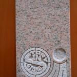 アメリカ産「ソールズベリー」のお墓(展示品)