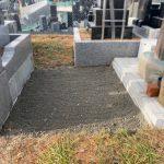 塩竈市営月見ヶ丘霊園にて、お墓じまいをさせていただきました。隣接墓地との隙間がほとんどない墓地での作業